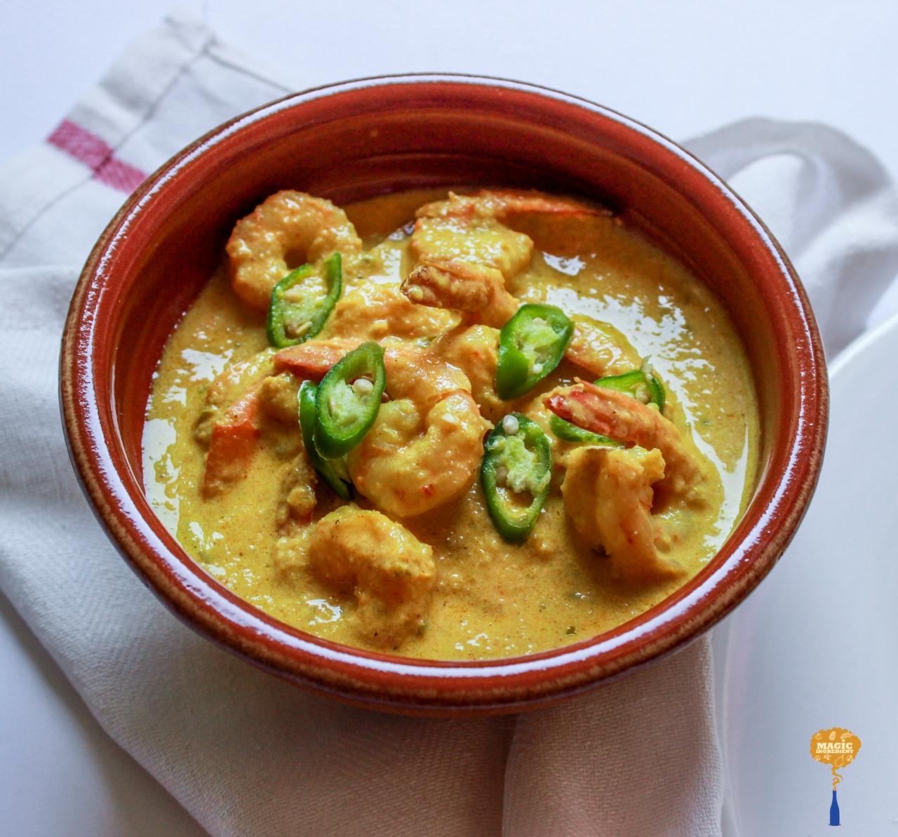 photo of Shrimps in a light coconut gravy