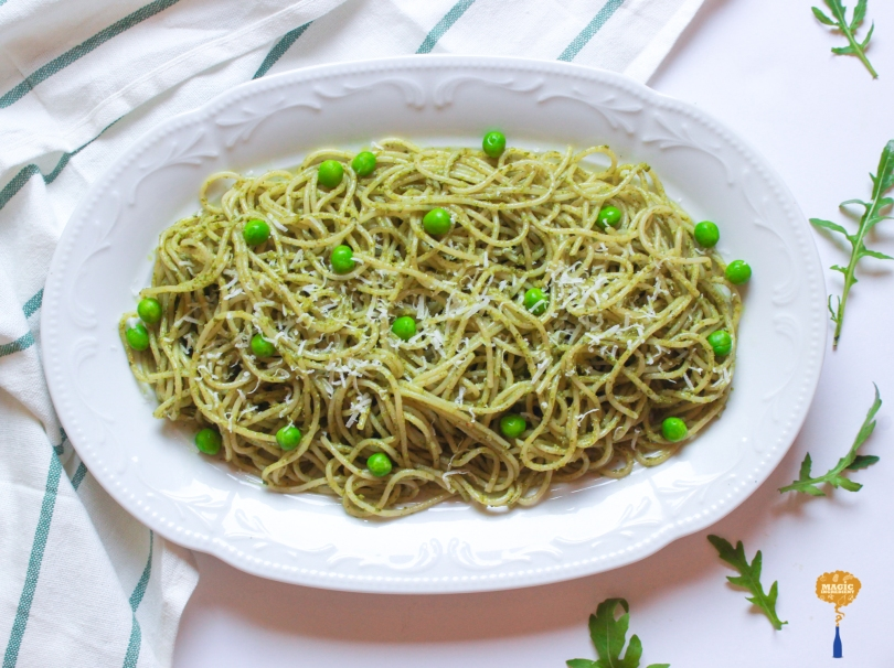 photo of pasta with arugula pesto
