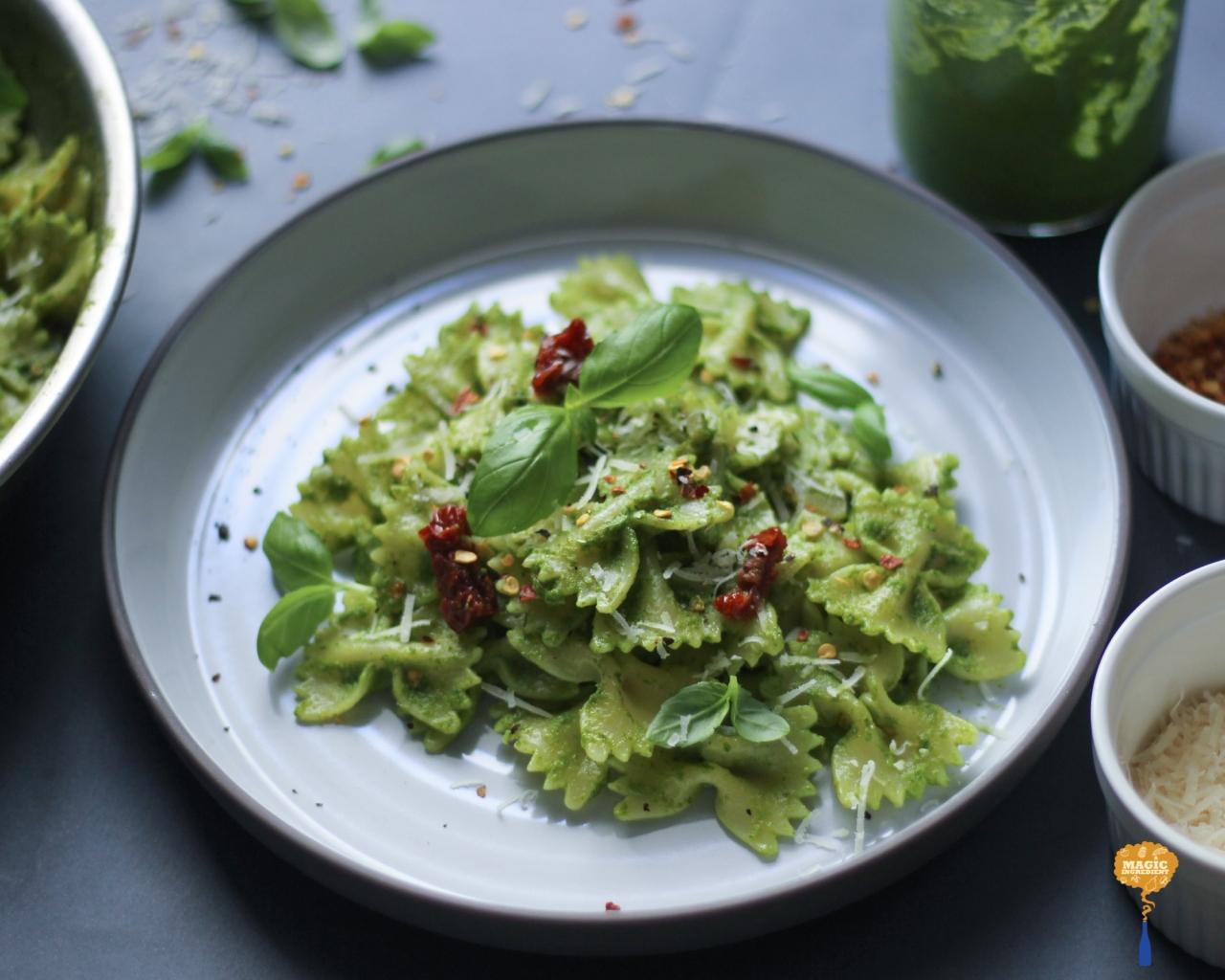 photo of kale basil pesto