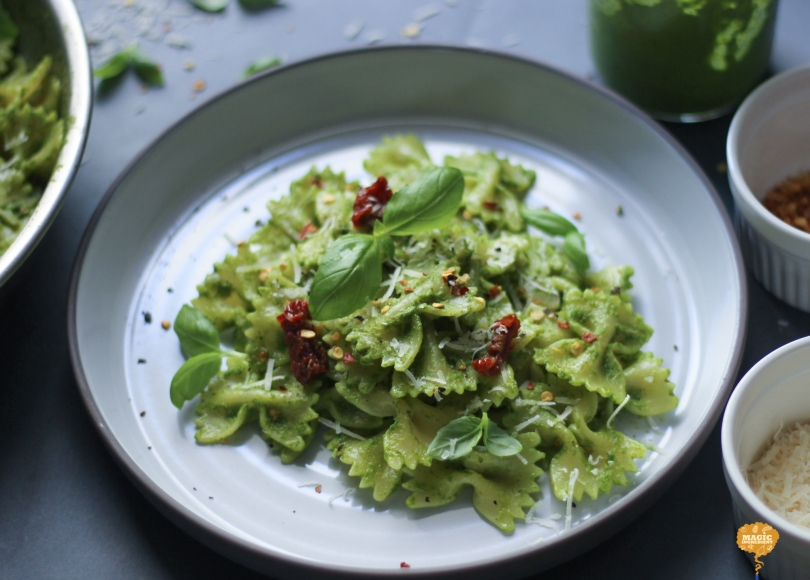 photo of kale basil pesto