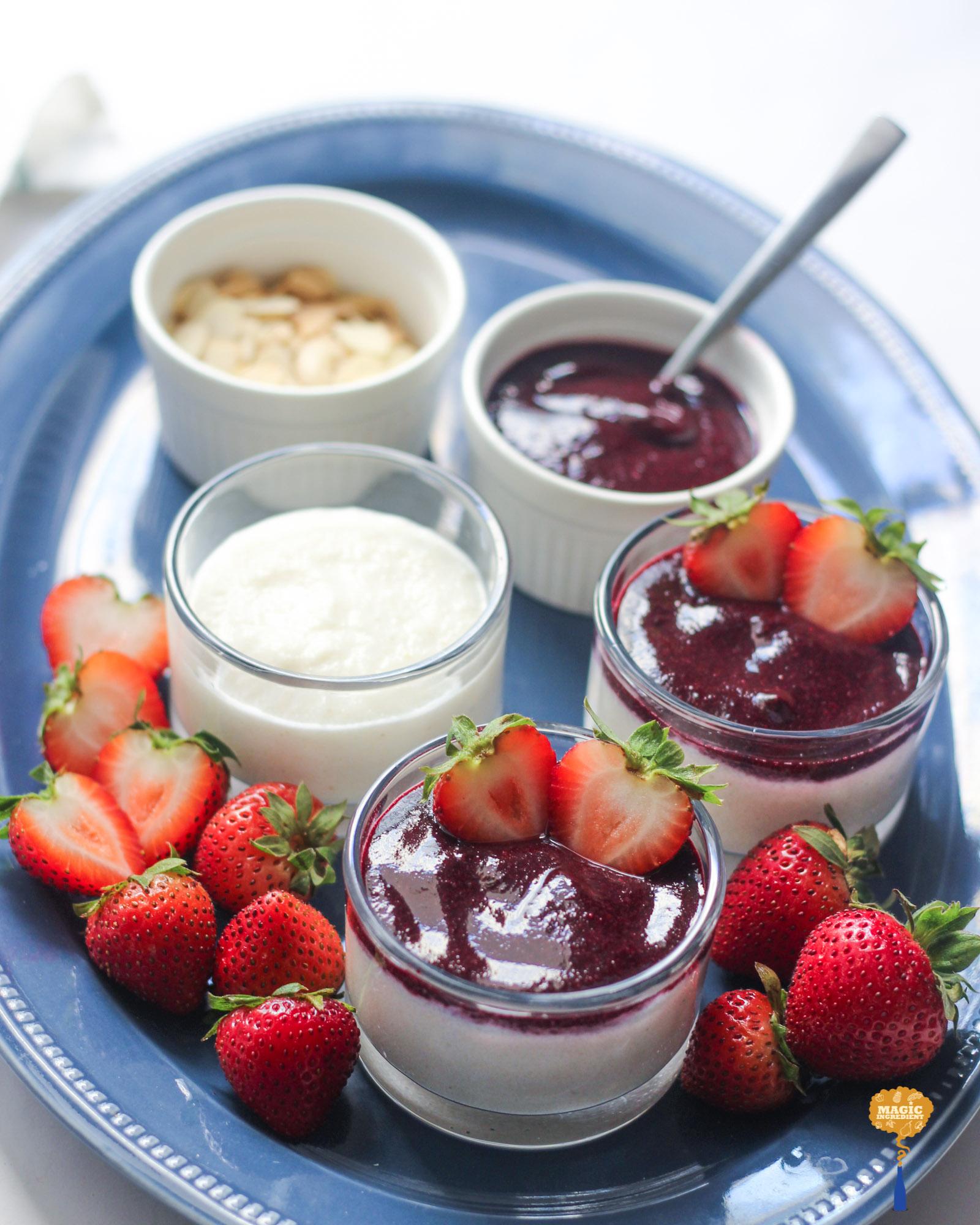 Photo of Semolina pudding with berry sauce