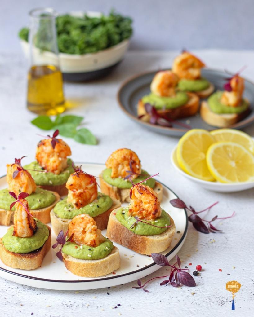 Recipe of shrimp hummus crostini